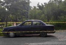 Hallan a un hombre muerto en un vehículo abandonado