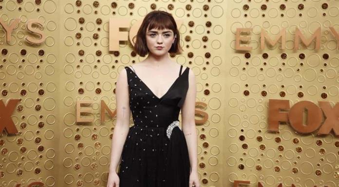 Las estrellas de Game of Thrones reinan en la alfombra morada de los Emmy (FOTOS)'>
