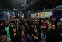 Paro de servicio de trenes afecta a miles en Francia