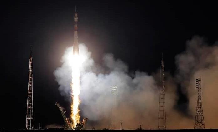 Rusia lanza la nave tripulada Soyuz MS-15 rumbo a la EEI