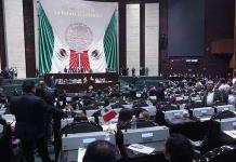 Aprueban diputados reformas para que nadie gane más que AMLO