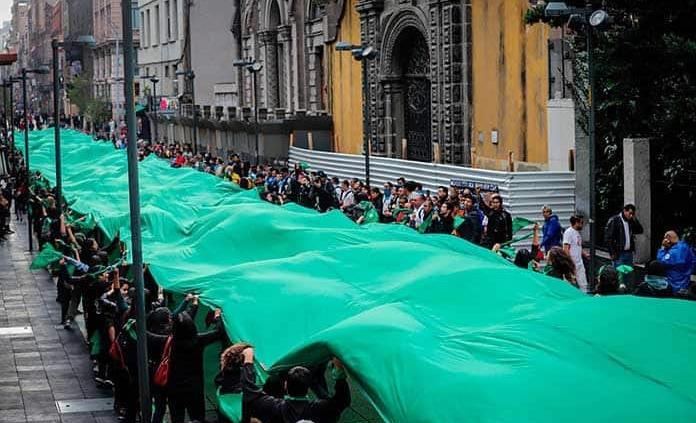 Con video, Marea Verde México demanda que el aborto sea ley