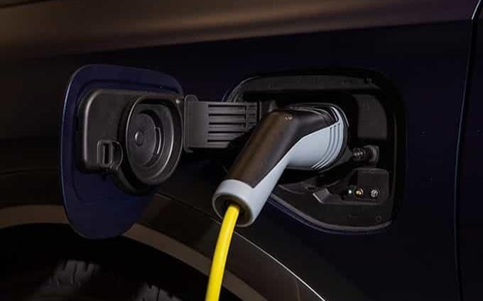 Autos eléctricos, futuro de industria
