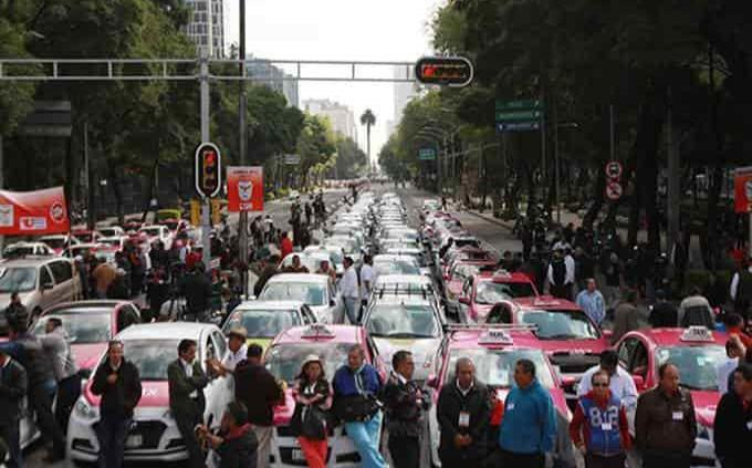 Uber, Cabify y otras aplicaciones son obstruidas gracias a taxistas en México