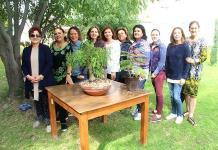 Socias del Club de Jardinería Magnolia aprenden sobre horticultura