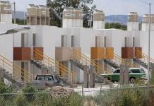 No se puede parar el desarrollo de la vivienda, advierte directivo de FOVISSSTE a Xavier Nava