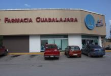 Maleantes roban con violencia dinero y medicamentos en farmacia de Ébano