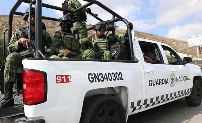 Intercepta la GN a presunto traficante de indocumentados en la Valles-Xolol; aseguran a 4 guatemaltecos