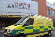 Cuatro heridos en un ataque con cuchillo en un centro comercial de Manchester
