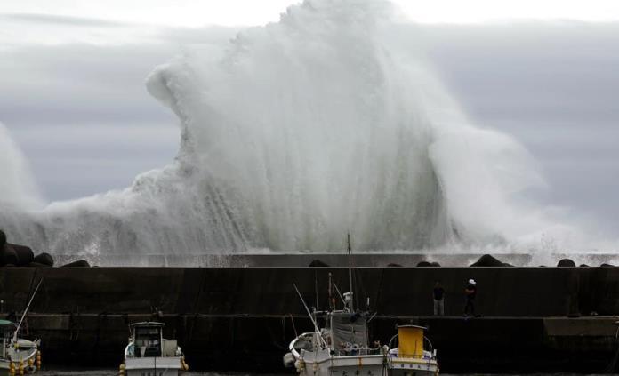 Japón se prepara ante la llegada de poderoso tifón Hagibis