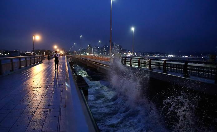 Japón se prepara para tifón Hagibis, el peor en 6 décadas
