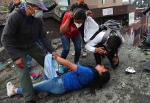 Los manifestantes en Ecuador se organizan para apoyarse