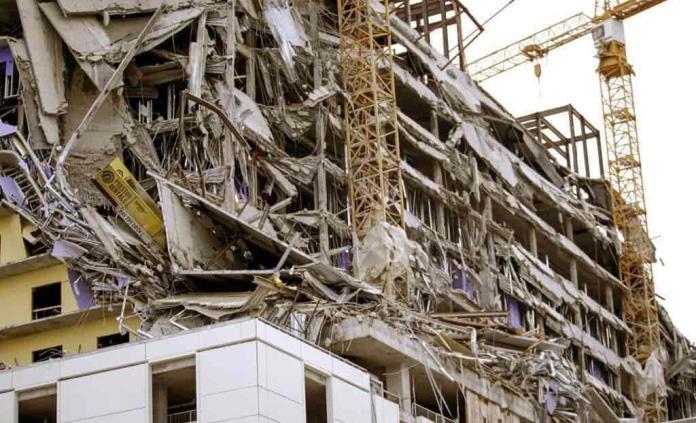 Derrumbe de hotel en Nueva Orleans deja un muerto