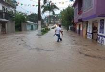 Atiende DIF a afectados por lluvias en la Huasteca