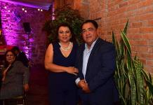 Alma González festejó radiante su cumpleaños