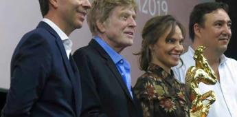 Robert Redford recibe los máximos honores en Festival de Morelia