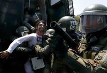 Presidente de Chile manda proyecto social para intentar frenar protestas