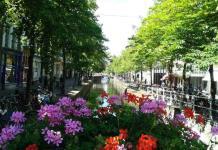El ayuntamiento de Ámsterdam regala piezas del siglo XVII a los residentes