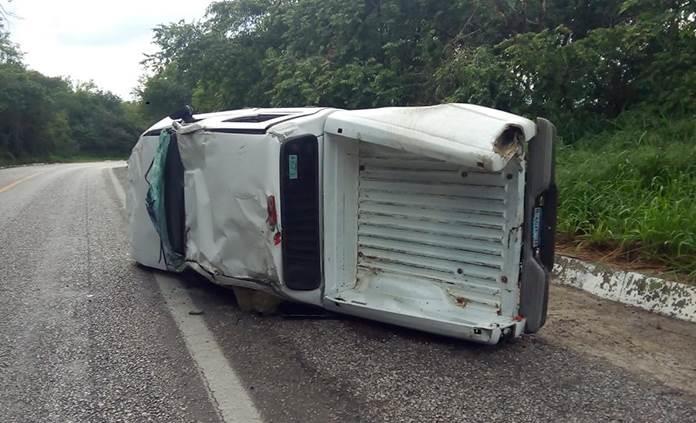 Sufre accidente carretero párroco de Ciudad Valles, Yanick de Martinica