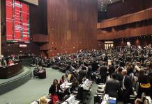 Diputados de oposición se oponen a reducir gasto a partidos políticos