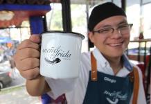Meseros con síndrome de Down hacen posible El sueño de Frida en México