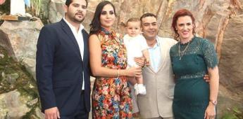 José Néstor Garza Sánchez recibe sacramento del bautismo