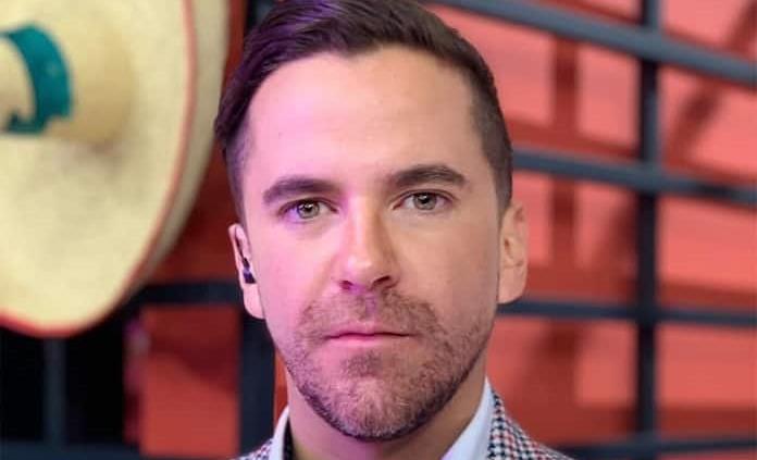 Conductor anuncia su salida de 'Hoy' ¿por Andrea Legarreta — Mauricio Mancera