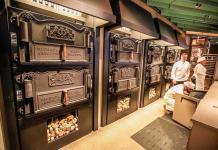 Starbucks abre en Chicago su más grande sede con exclusivas mezclas de café