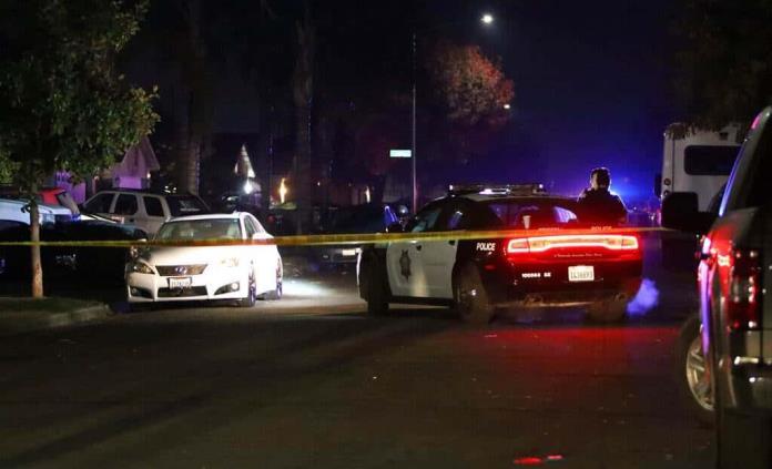 Cuatro muertos y seis heridos, saldo de ataque armado durante una fiesta en Fresno, California