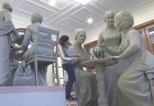 Escultora crea estatua de mujeres para Central Park