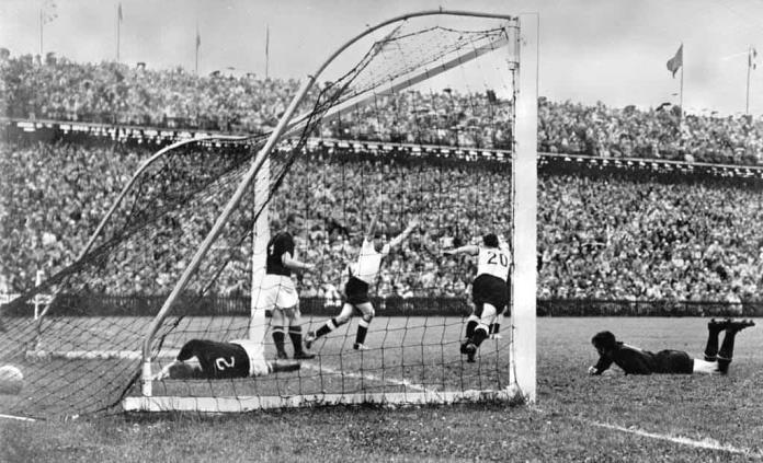 Estadio de final de Mundial 1954 recupera nombre original