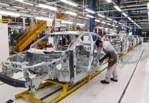 Semiconductores y apagones afectan venta de autos nuevos en febrero