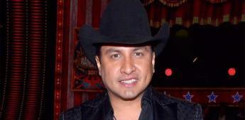 Julión Álvarez, preocupado por sus hijas ante señalamientos
