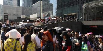 Fans enloquecen en la apertura de tienda en México dedicada a surcoreanos BTS
