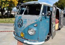 La Combi de Volkswagen, el símbolo hippie y surfista sigue vivo en California