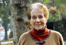 Despiden a la escritora chilena Mónica Echeverría