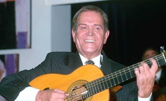 Familia de Chamín Correa arma homenaje en la Fonoteca Nacional