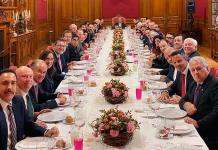 AMLO celebra comida en Palacio Nacional con gobernadores