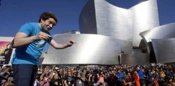 Dudamel seguirá al frente de la Filarmónica de Los Ángeles