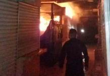 Incendio en mercado Morelos afecta 15 locales