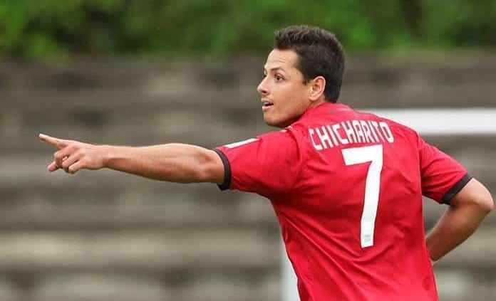 """Sevilla entrena ya sin el """"Chicharito"""" Hernández"""