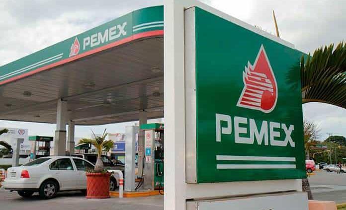 Baja en gasolina contiene inflación en primera quincena de marzo