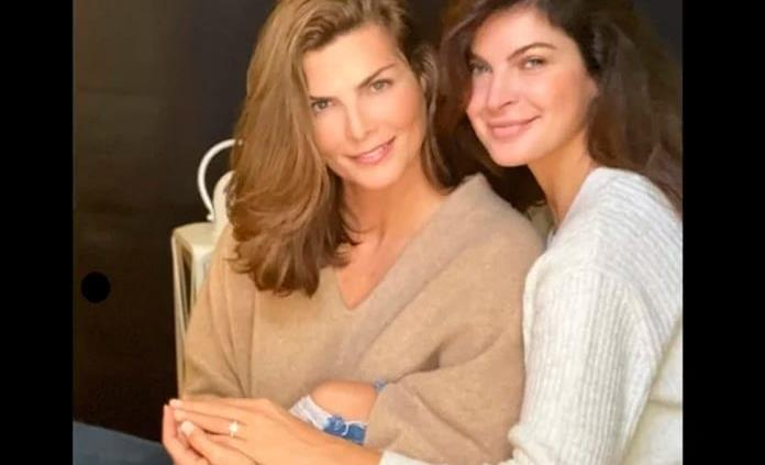 Montserrat y Yaya Kosikova hacen oficial su compromiso en redes