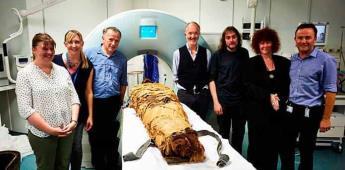 """Científicos logran """"hacer hablar""""a momia de 3.000 años"""