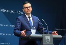 Dimite el primer ministro de Eslovenia y anuncia elecciones anticipadas