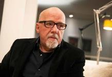 Paulo Coelho borra libro para niños que escribía con Bryant