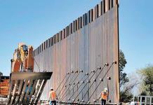 Trump reasigna fondos militares a construcción del muro fronterizo