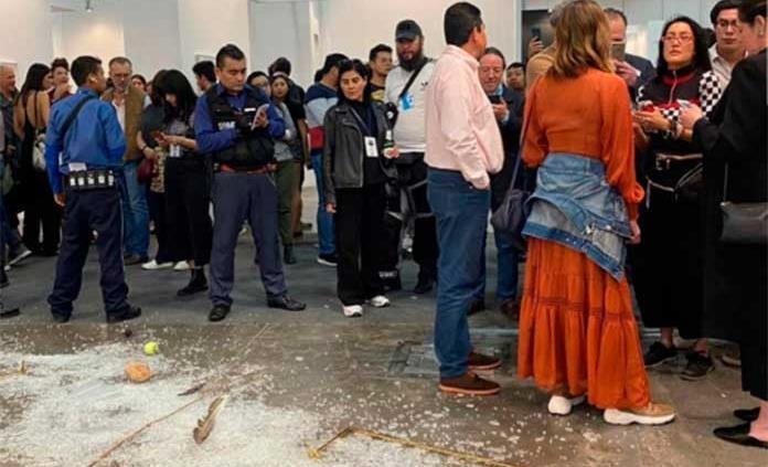 Avelina Lésper se disculpa: me pasó lo que le pasó a Duchamp