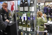 Industria vitivinícola francesa realiza gran feria en París