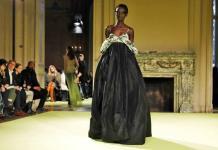 Vera Wang deconstruye ropa de noche en la Semana de NY